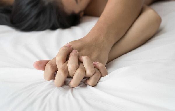 cách làm tình khiêu khích hưng phấn tình dục