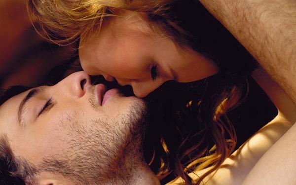 cách làm tình điêu nghệ bằng những nụ hôn nóng bỏng