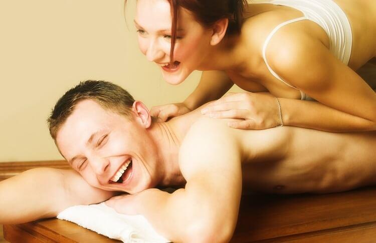 Massage tình dục kích thích màn dạo đầu
